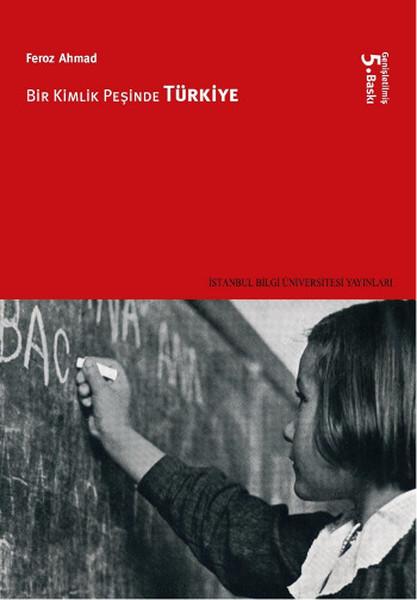 Bir Kimlik Peşinde Türkiye Kitap Kapağı